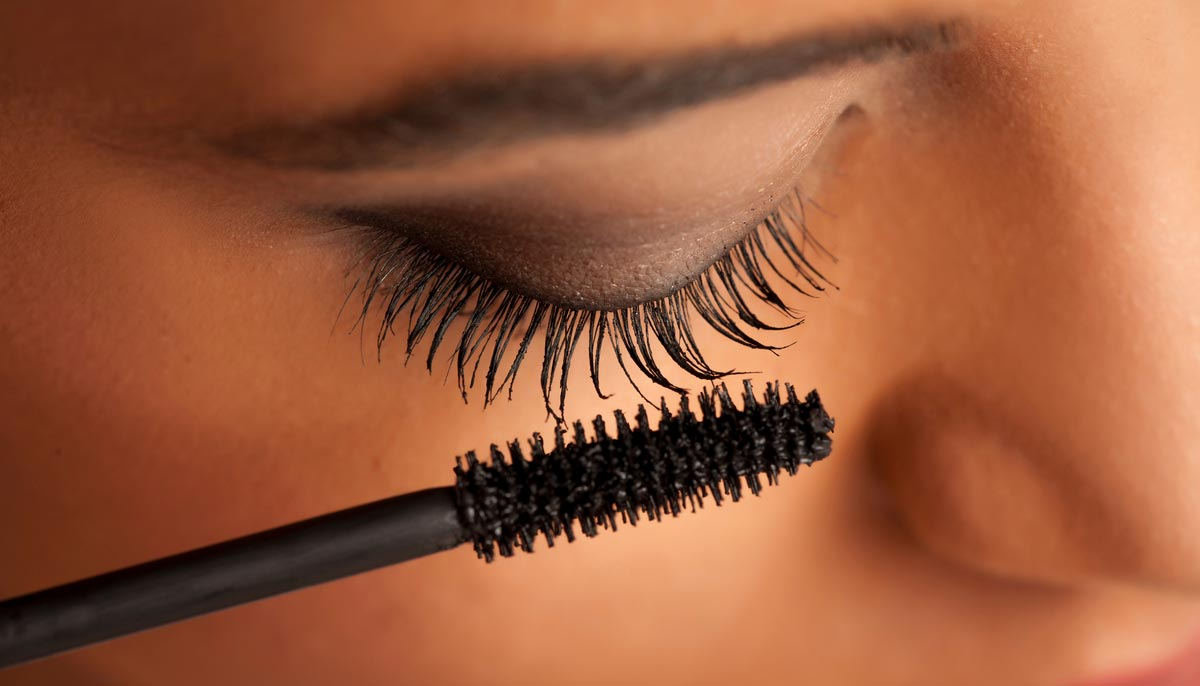 Why You Shouldn't Throw Away That Old Mascara Wand